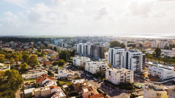 NAHARIYA, ISRAEL-9. März 2018: Luftaufnahme der Stadt Nahariya, Israel. – Foto