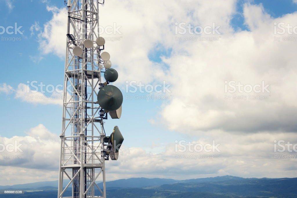 Antennen und Telekommunikation Sender, digitale Kommunikation und Verschlüsselung Sicherheitskonzept – Foto