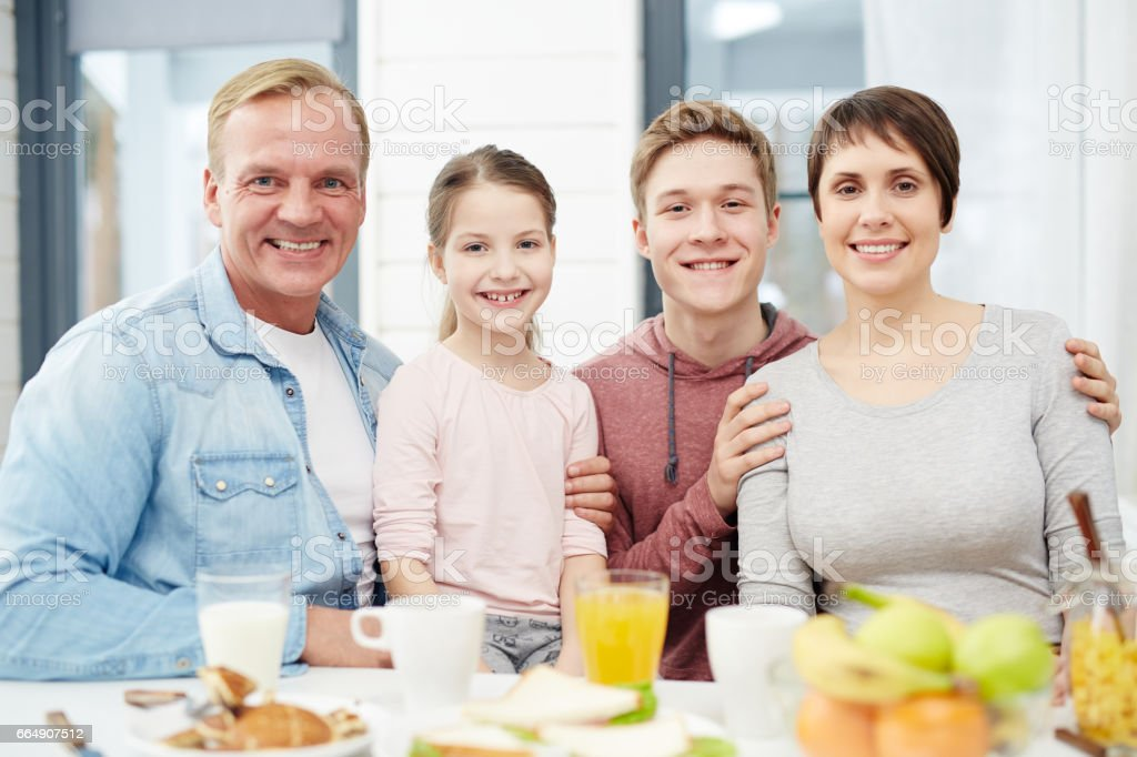 Affectionate family foto stock royalty-free