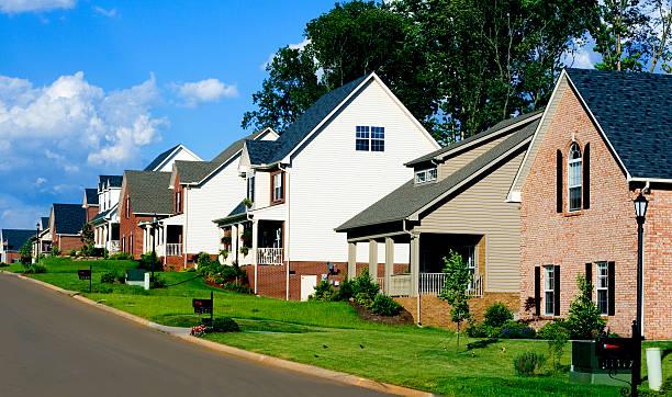 Affluent neighborhood picture id184115566?b=1&k=6&m=184115566&s=612x612&w=0&h= eswmbszrymtejxx 2sgtuwyborpxr7vkx2nyar1a 0=