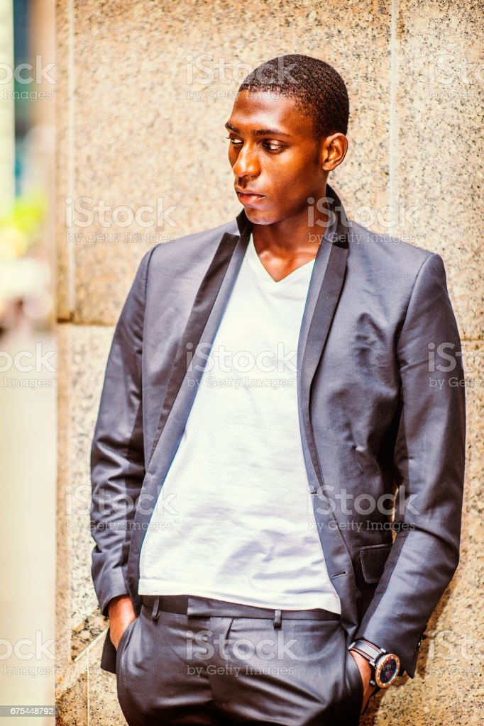 African American Teenage Boy thinking outside in New York photo libre de droits