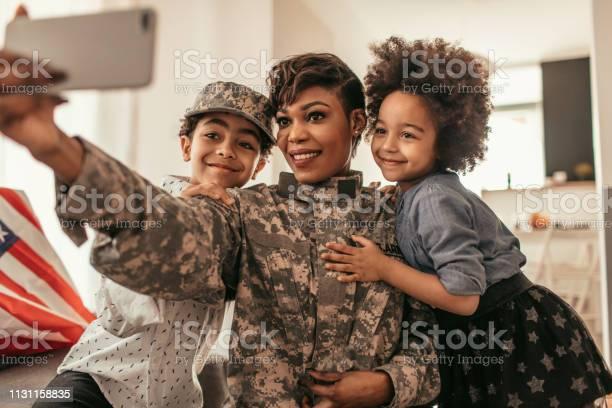 African army mom picture id1131158835?b=1&k=6&m=1131158835&s=612x612&h=t6zwa2cyglnag3cqvsstgft0bfjuomkj9kpuyb7rpzy=