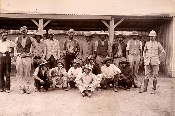 afrikanischer auxiliaries - imperialismus stock-fotos und bilder