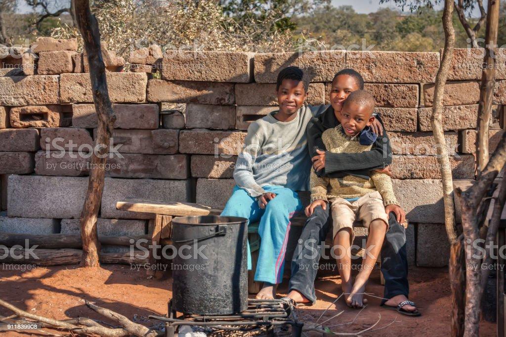 Familia Africana Foto De Stock Y Más Banco De Imágenes De