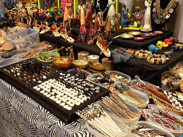 African market Craft in a street market côte d'ivoire stock pictures, royalty-free photos & images