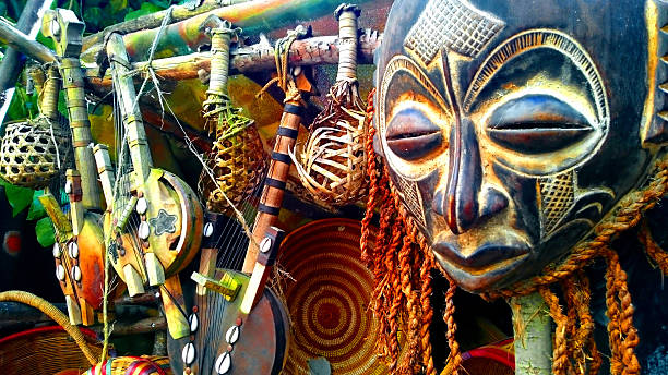 African Masks African Masks and Statues religious symbol stock pictures, royalty-free photos & images