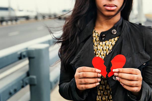 African Woman Broken Heart Disappointed Sad Concept bildbanksfoto
