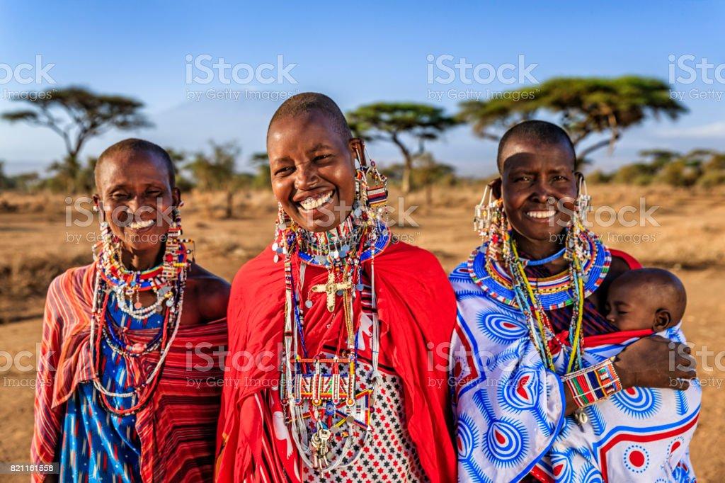 Afrikanische Frau, die Ihr baby, Kenia, Osten und Afrika – Foto