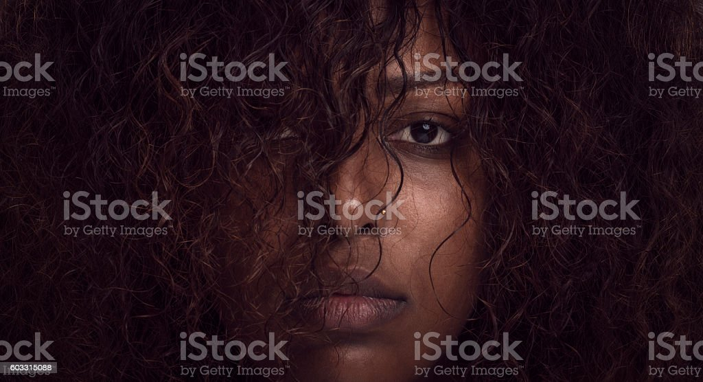 African woman face. - foto de acervo