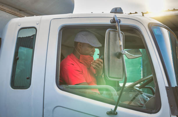 African worker  wearing a mask