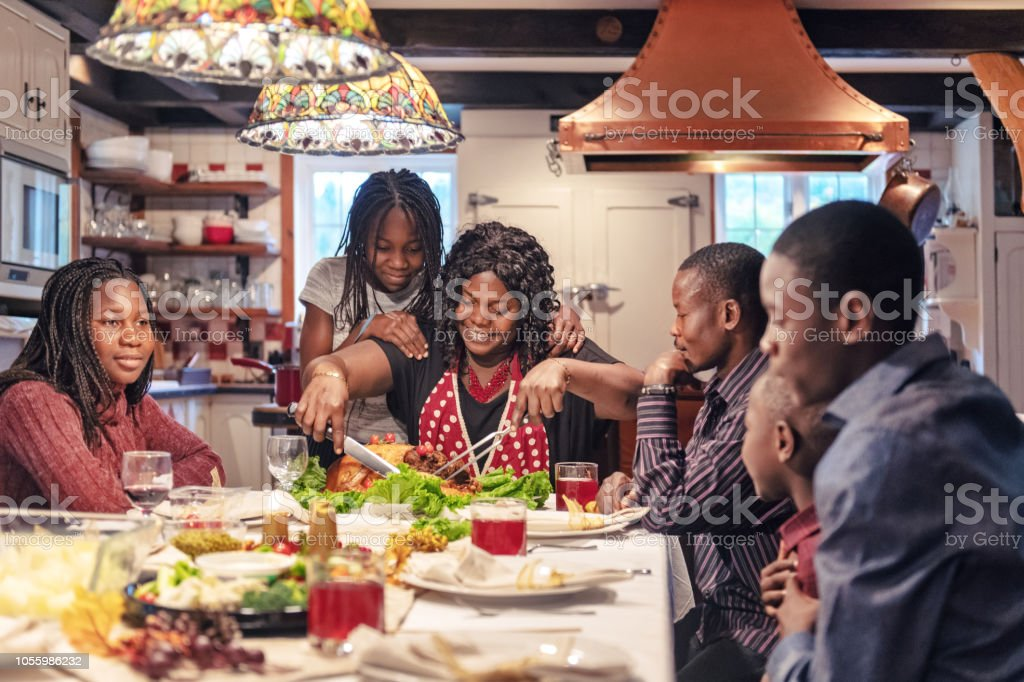 African-American Vorbereitung Thanksgiving-dinner – Foto