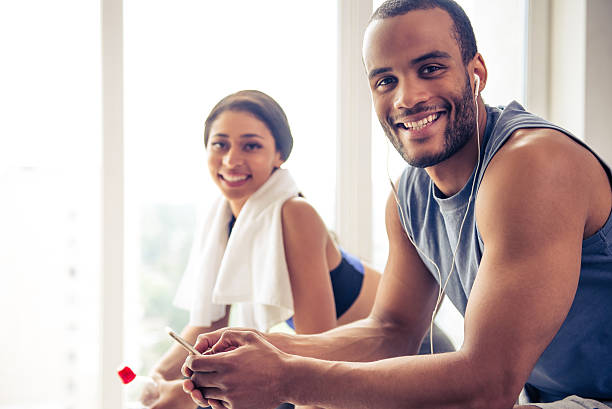 Afro American couple working out – Foto