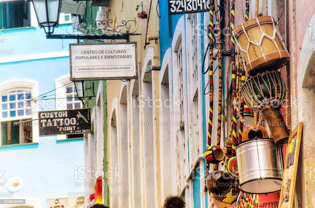afrobrazilian instruments at historic houses in pelourinho Salvador - foto de acervo