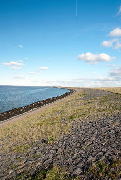 Afsluitdijk in the Netherlands foto