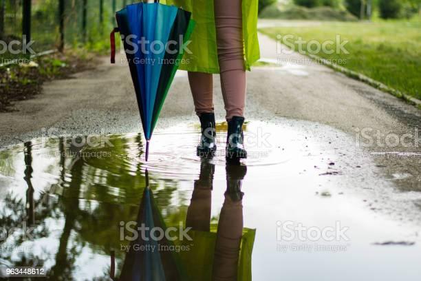 Yağmur Sonrası Stok Fotoğraflar & Ayakkabı'nin Daha Fazla Resimleri