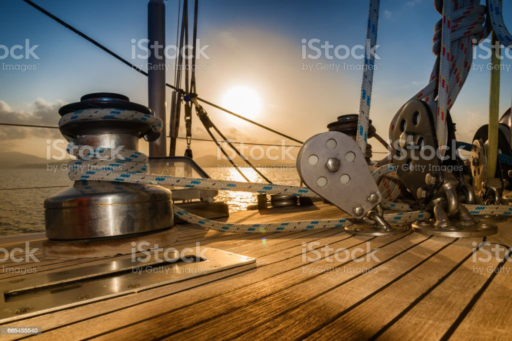 after the regatta, sunset from sailboat – Foto