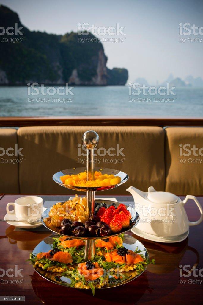 Bandeja de lanche de chá da tarde - Foto de stock de Alimentação Saudável royalty-free
