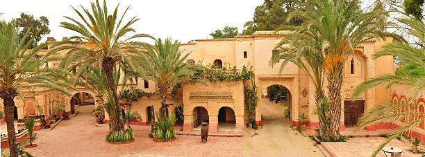 Calle de agadir medina - foto de stock