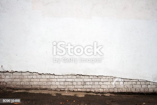istock Aged wall background 509616488