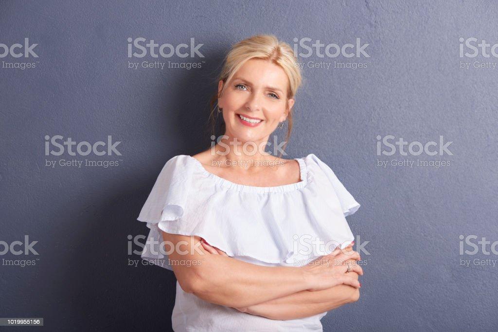 Portrait d'une femme belle pas d'âge - Photo