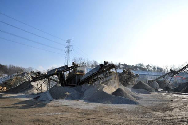 aggregierte herstellung fabrik - betonwerkstein stock-fotos und bilder