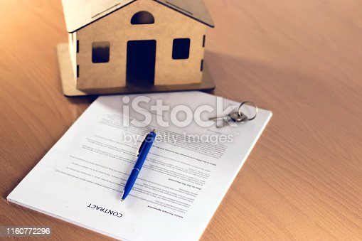 828544458istockphoto Agreement For New House 1160772296