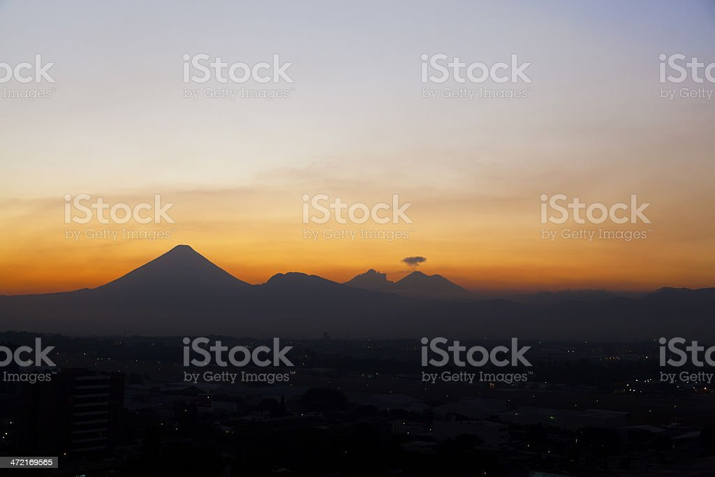 Agua, le Fuego et Acatenago - Photo