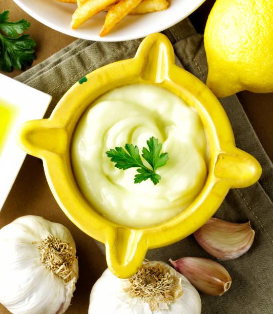 aioli-sauce - sauce bernaise stock-fotos und bilder
