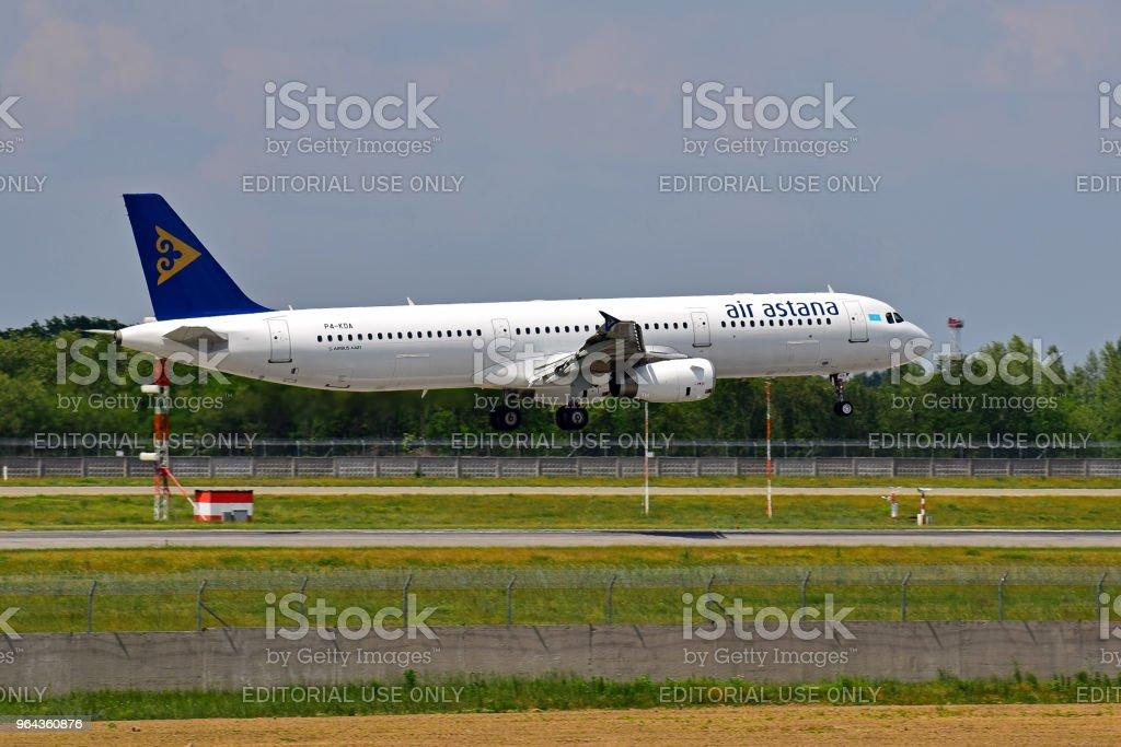 Air Astana Airbus A321 - Foto de stock de Aeroporto royalty-free