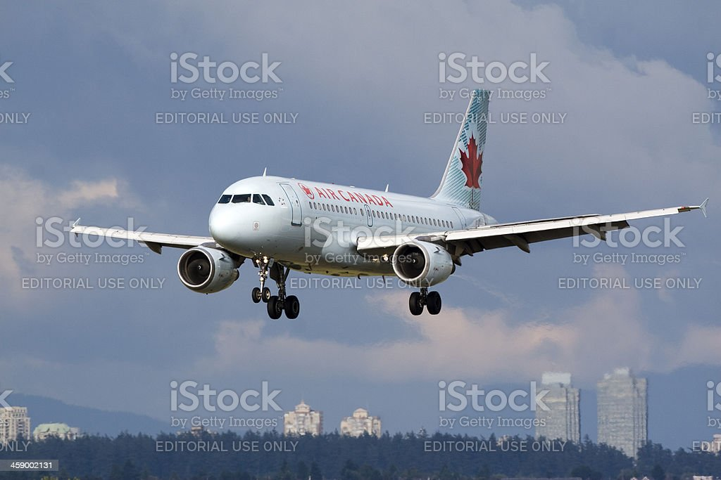 Air Canada A320 - Photo