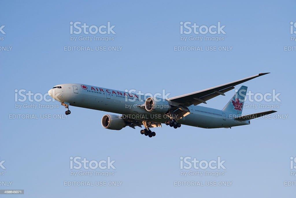 Air Canada, Boeing 777 - Photo
