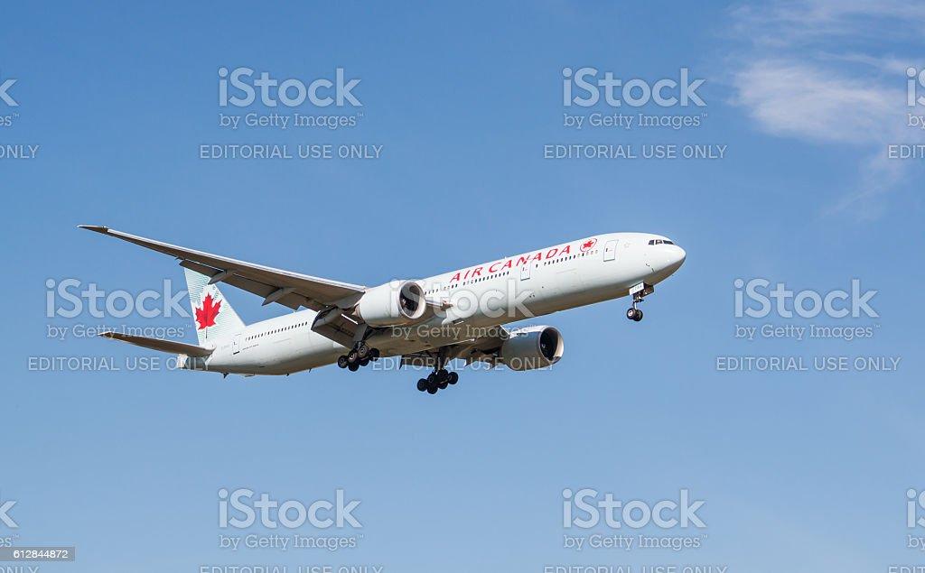 Air Canada Plane - Photo