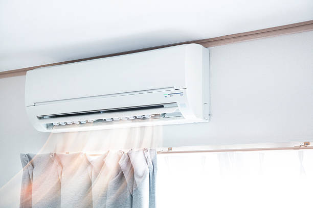 air conditioner blowing warm air - 細小 個照片及圖片檔