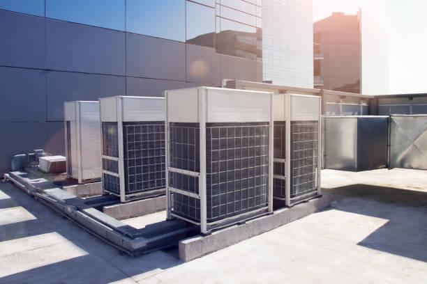 商業ビルの空調システム - エアコン ストックフォトと画像
