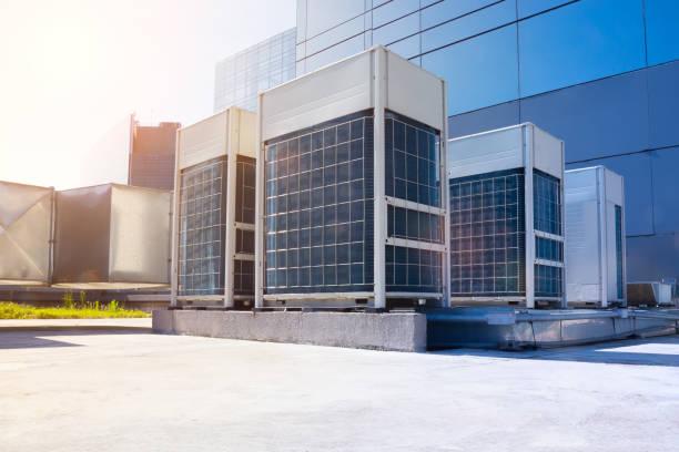 air conditioning system - conduttura dell'aria foto e immagini stock