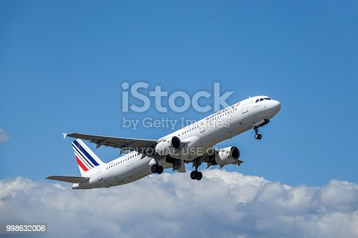 istock Air France, Airbus A321 - 200 take off 998632006