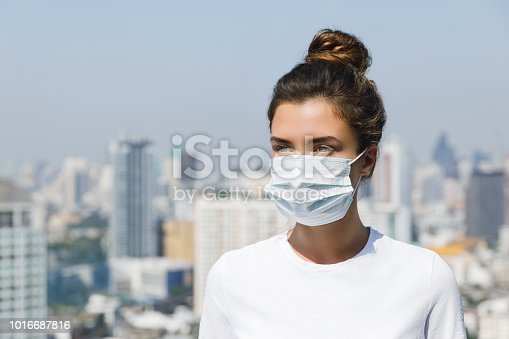 istock Air pollution or virus epidemic in the city 1016687816