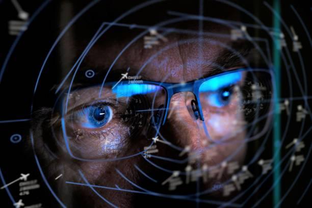 air traffic controller looking at screen - radar foto e immagini stock
