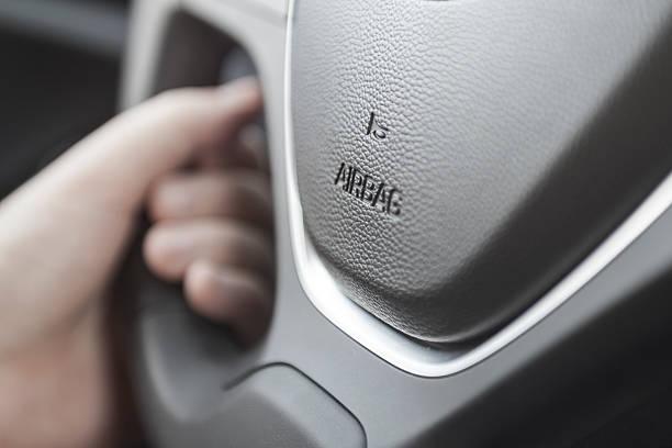 airbag-Symbol am Lenkrad – Foto