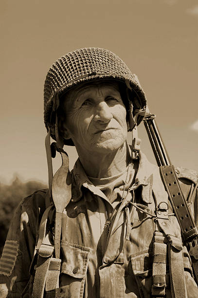 US Airborne Soldier.  mount combatant stock pictures, royalty-free photos & images