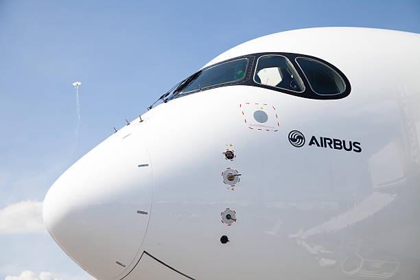 Airbus A 350-900 aereo sta per l'aeroporto - foto stock