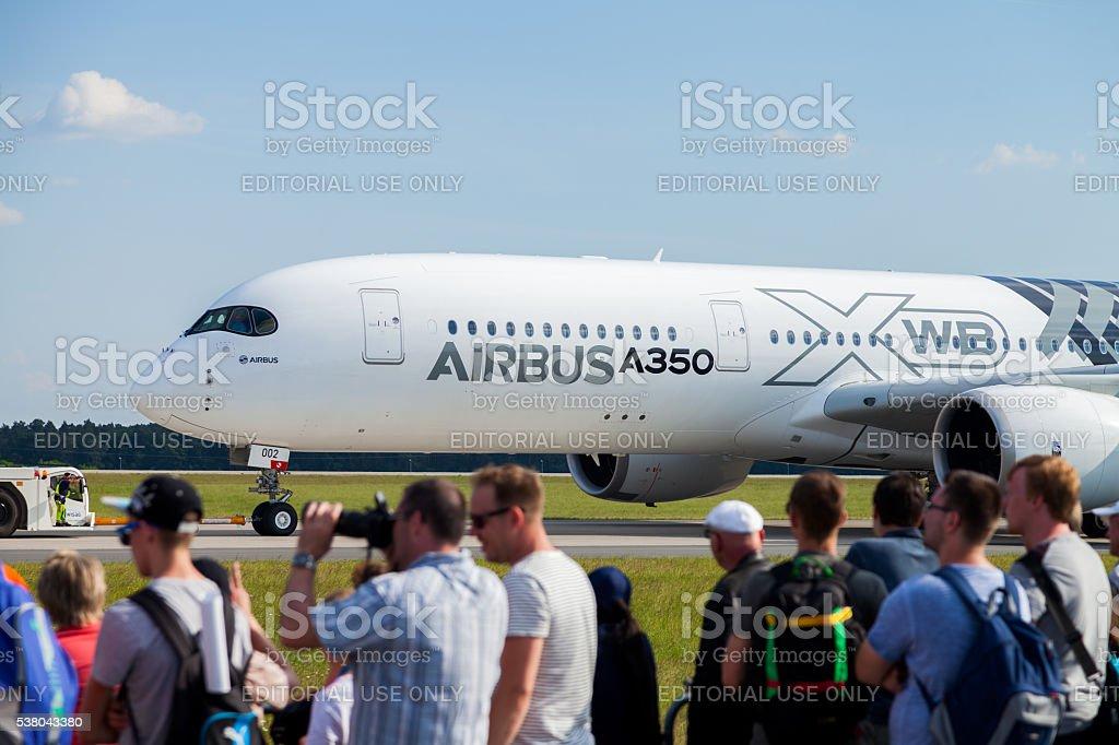 Airbus A 350-900 XWB aereo durante il
