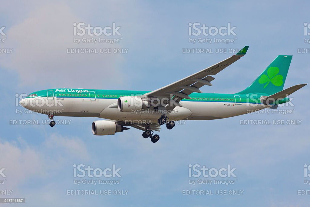 Airbus A330 Aer Lingus approaches JFK Airport stock photo