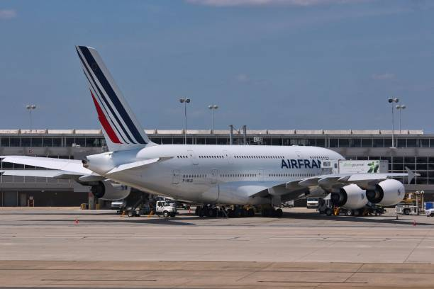 un airbus a380 - a380 air france photos et images de collection