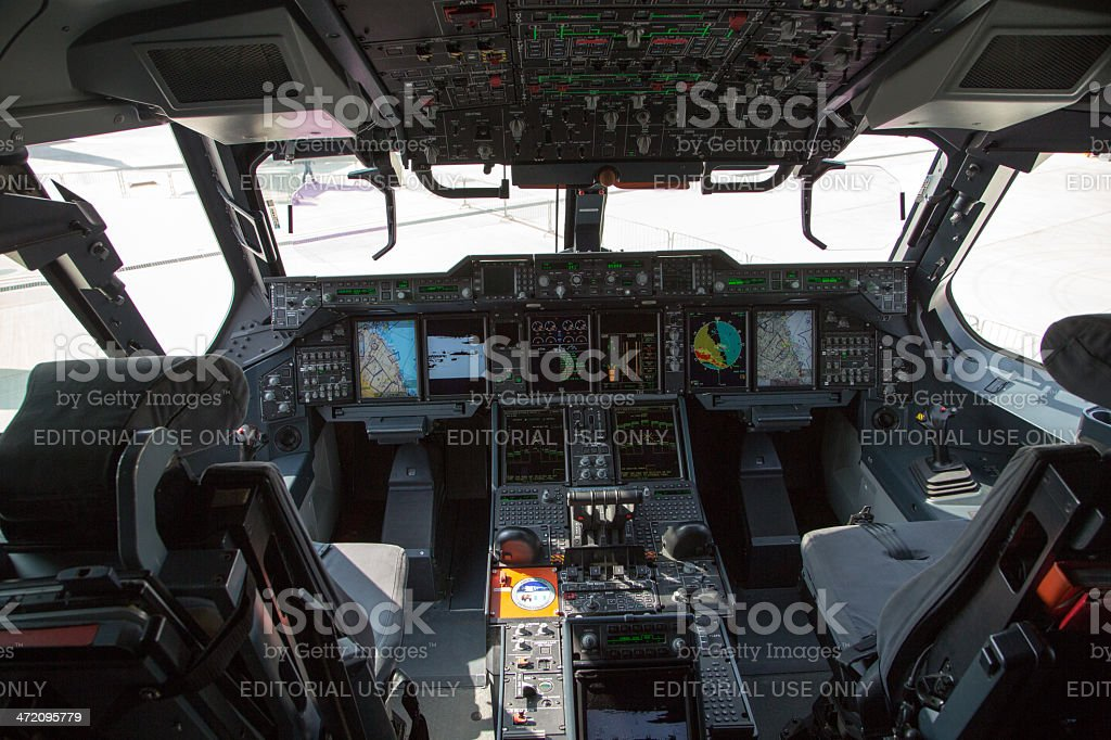Airbus A400M Cockpit - Photo