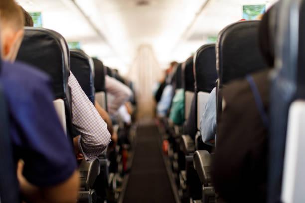 飛機座艙與乘客 - 亂流 個照片及圖片檔