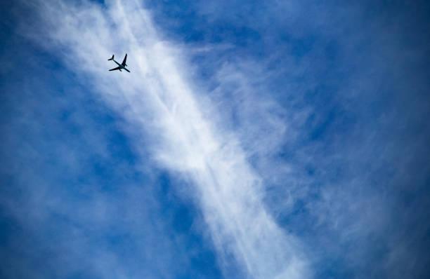 飛機飛行條件。湍流。 - 亂流 個照片及圖片檔