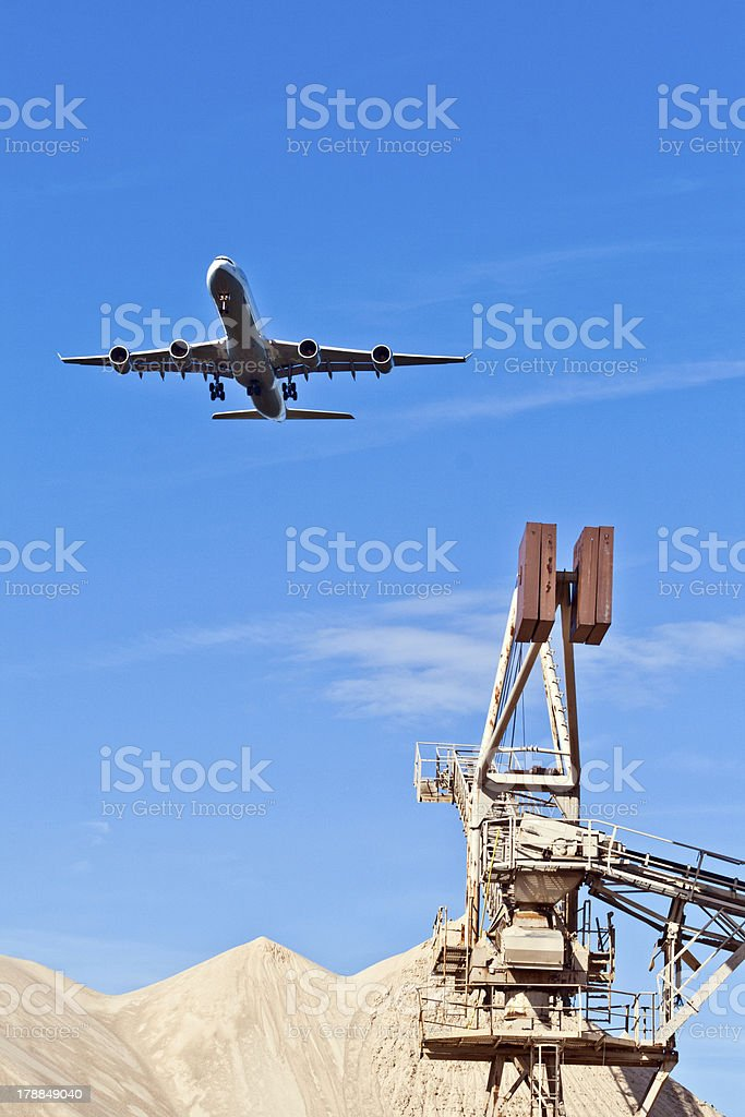 aircraft in landing approach royalty-free stock photo