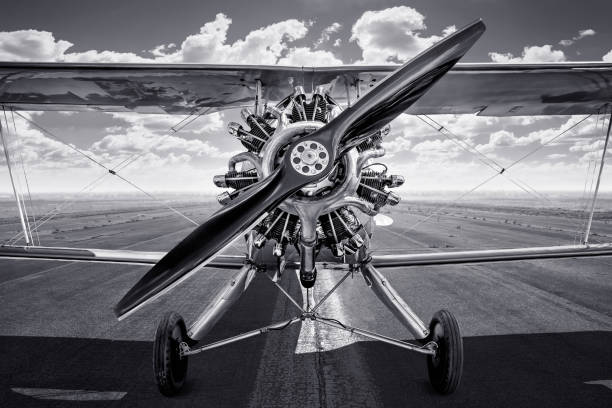aircraft historical spots plane on a runway propeller stock pictures, royalty-free photos & images