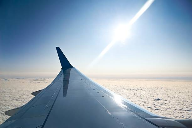 Flugzeugflügel – Foto